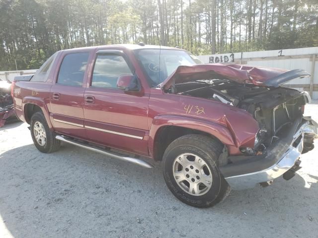 Salvage cars for sale from Copart Seaford, DE: 2005 Chevrolet Avalanche
