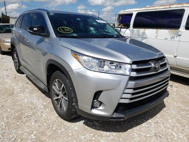 Salvage cars for sale from Copart Haslet, TX: 2018 Toyota Highlander