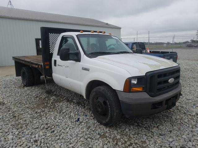 Salvage cars for sale from Copart Cicero, IN: 2005 Ford F350 Super