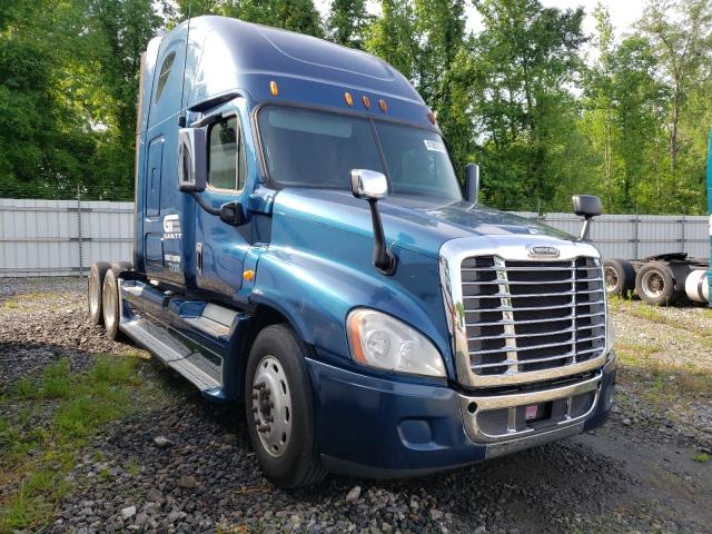 Freightliner salvage cars for sale: 2013 Freightliner Cascadia 1
