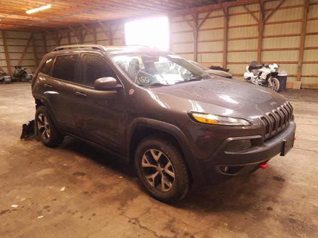 Salvage cars for sale from Copart London, ON: 2016 Jeep Cherokee T