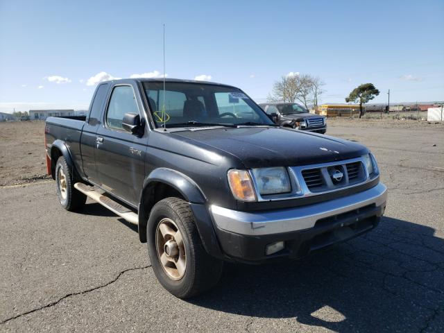Salvage cars for sale from Copart Pasco, WA: 2000 Nissan Frontier K