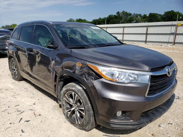 Salvage cars for sale from Copart New Braunfels, TX: 2016 Toyota Highlander