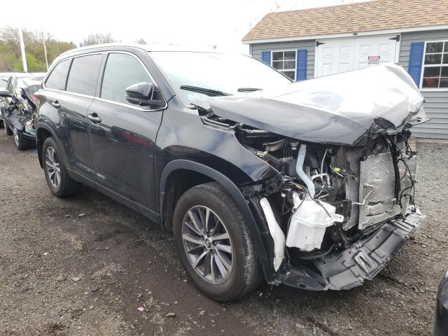 Salvage cars for sale from Copart East Granby, CT: 2019 Toyota Highlander