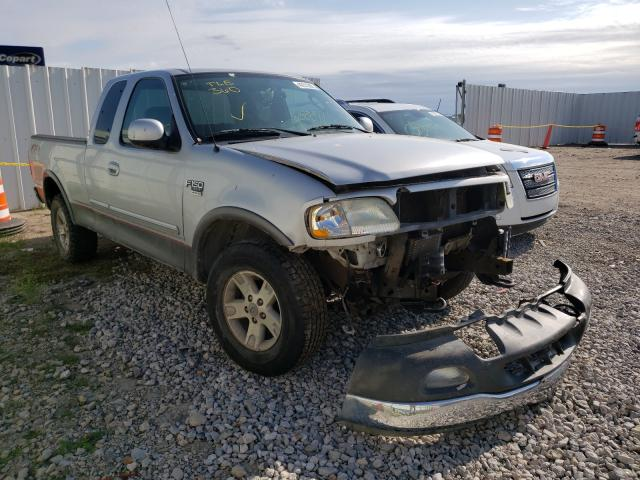 Salvage cars for sale from Copart Wichita, KS: 2003 Ford F150