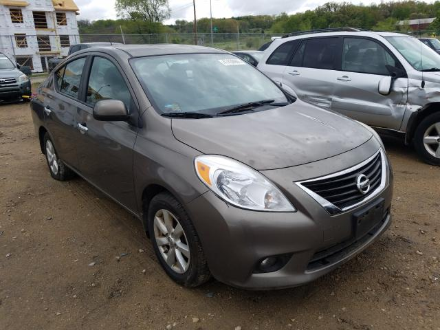Salvage cars for sale from Copart Madison, WI: 2012 Nissan Versa S