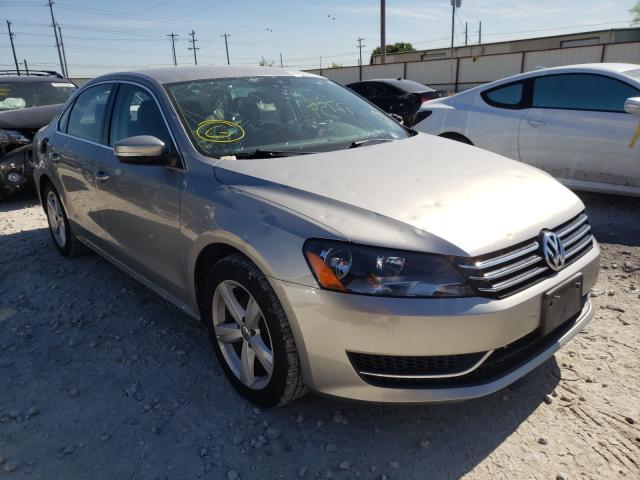 Salvage cars for sale from Copart Haslet, TX: 2014 Volkswagen Passat SE