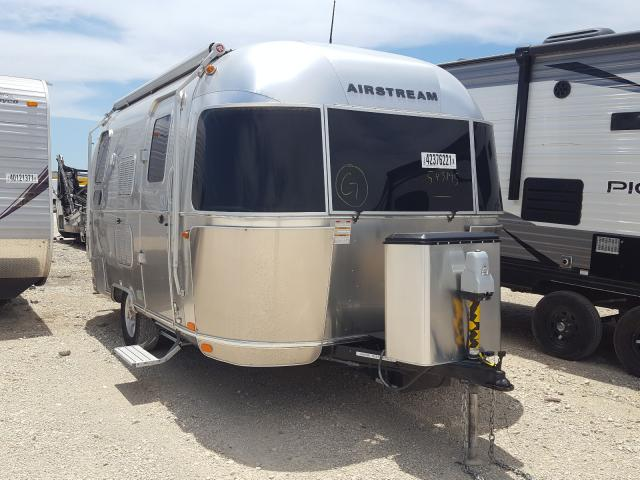 Salvage cars for sale from Copart New Braunfels, TX: 2018 Airstream Flying CLO