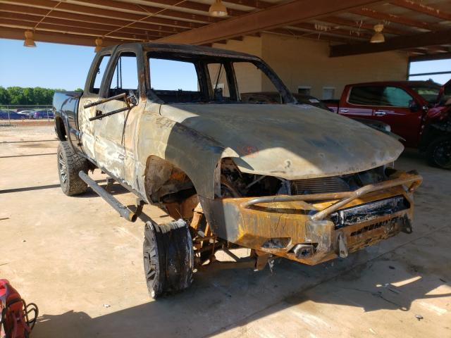 Salvage cars for sale from Copart Tanner, AL: 2004 GMC Sierra K25
