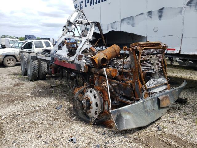 Salvage trucks for sale at Elgin, IL auction: 2003 Peterbilt 378
