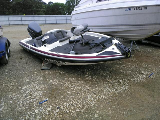 Salvage cars for sale from Copart Longview, TX: 2002 Skeeter Boat