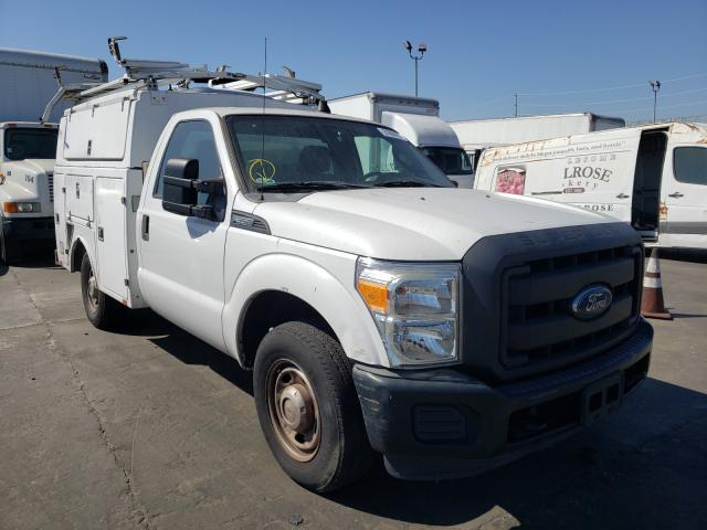 Vehiculos salvage en venta de Copart Wilmington, CA: 2013 Ford F350 Super