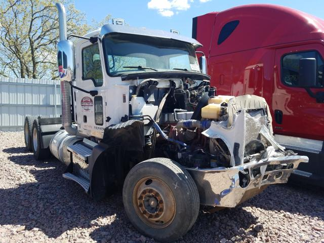 2016 Mack 600 CXU600 for sale in Avon, MN