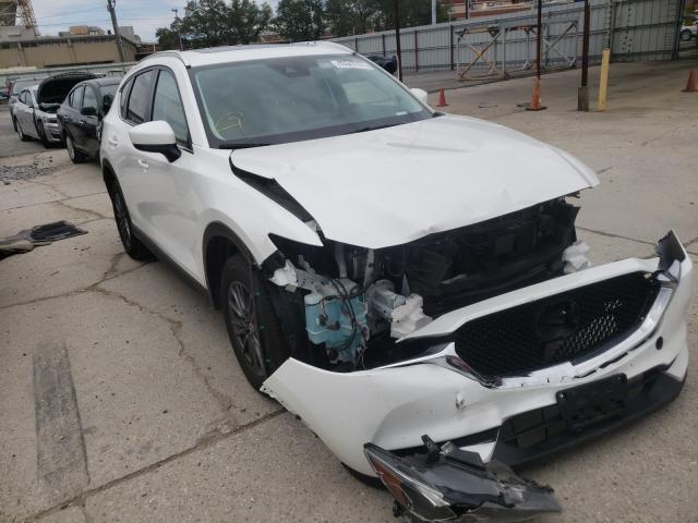 Mazda Vehiculos salvage en venta: 2019 Mazda CX-5 Touring