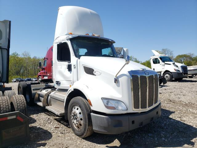 Salvage cars for sale from Copart Cudahy, WI: 2020 Peterbilt 579