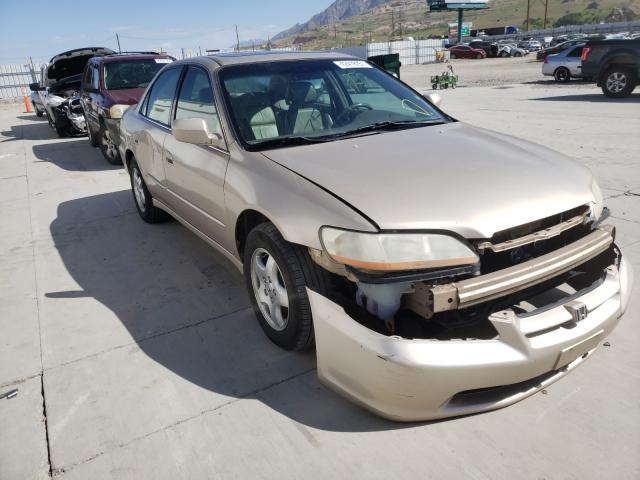 Salvage cars for sale from Copart Farr West, UT: 2000 Honda Accord EX