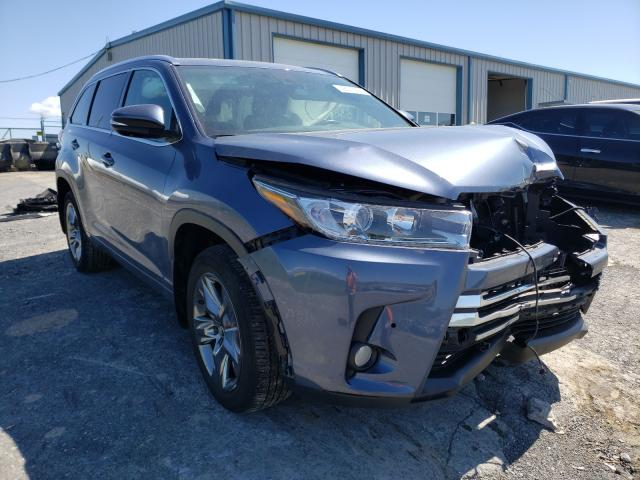 Salvage cars for sale from Copart Chambersburg, PA: 2017 Toyota Highlander