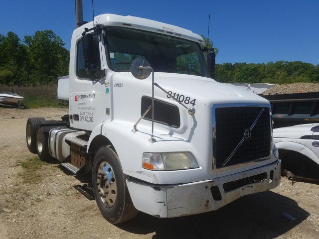 Vehiculos salvage en venta de Copart Glassboro, NJ: 2012 Volvo VN VNM