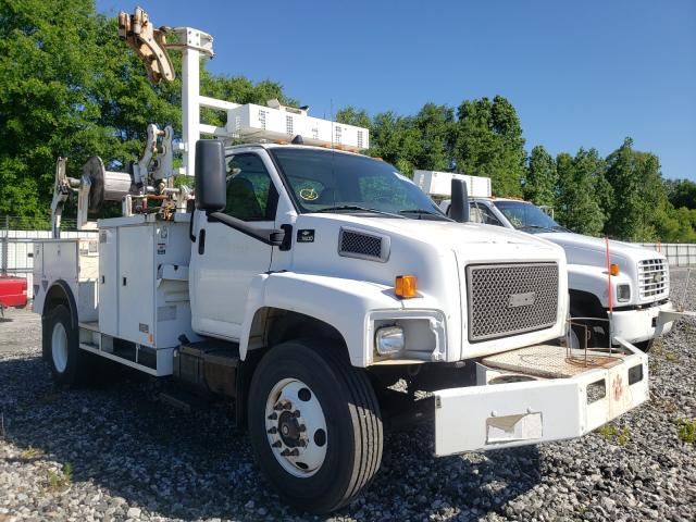 Salvage cars for sale from Copart Spartanburg, SC: 2005 Chevrolet C7500 C7C0