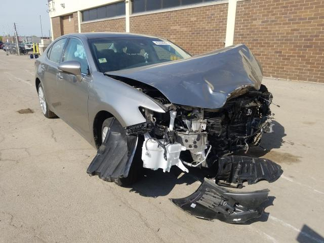 Salvage cars for sale from Copart Wheeling, IL: 2018 Lexus ES 350