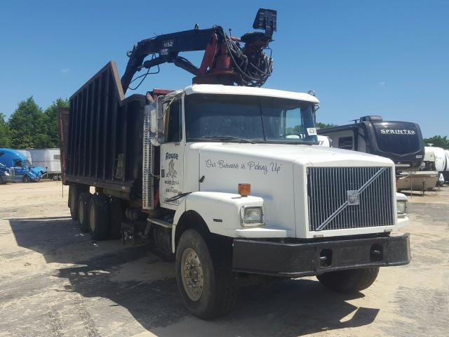 Salvage cars for sale from Copart Midway, FL: 2001 Volvo Convention