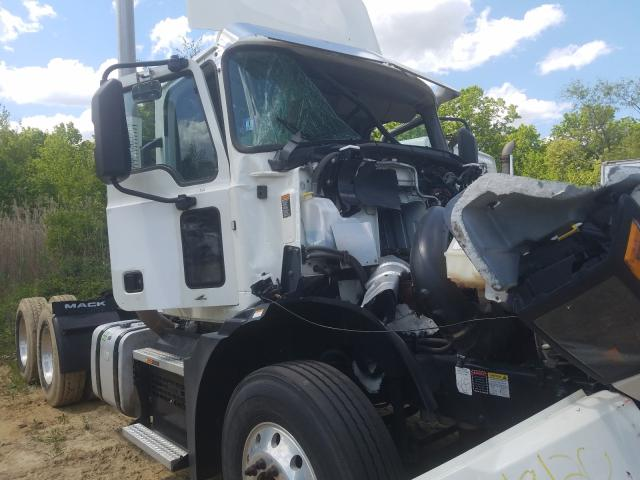Vehiculos salvage en venta de Copart Glassboro, NJ: 2019 Mack Anthem