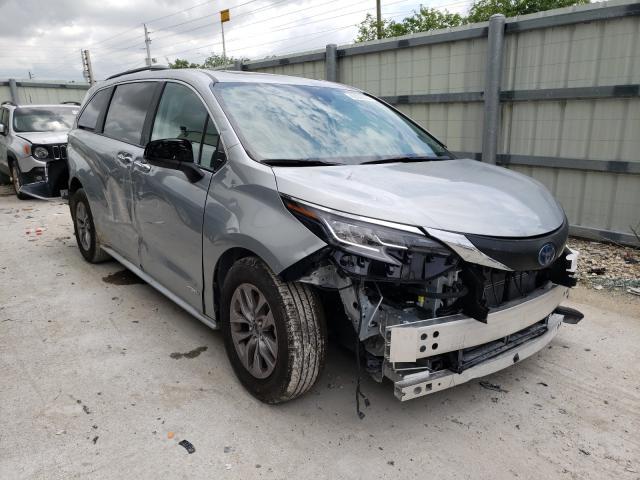 Carros híbridos a la venta en subasta: 2021 Toyota Sienna XLE