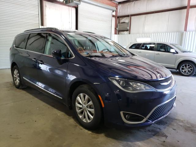 Salvage 2017 CHRYSLER PACIFICA - Small image. Lot 43227641