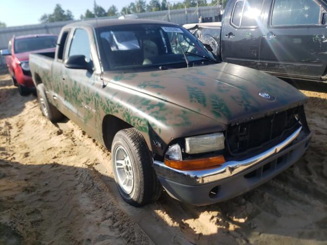 Salvage cars for sale from Copart Gaston, SC: 2000 Dodge Dakota