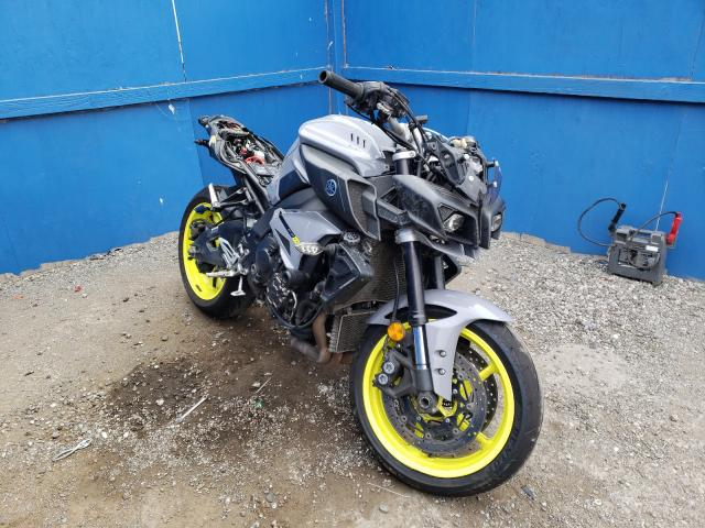 Salvage cars for sale from Copart San Martin, CA: 2017 Yamaha FZ10 C