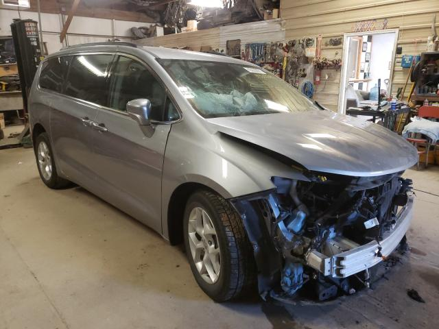 Salvage cars for sale from Copart Billings, MT: 2018 Chrysler Pacifica T