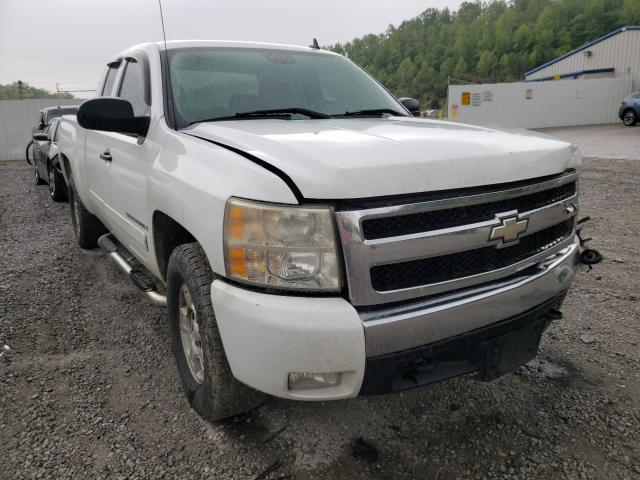 Salvage cars for sale from Copart Hurricane, WV: 2007 Chevrolet Silverado