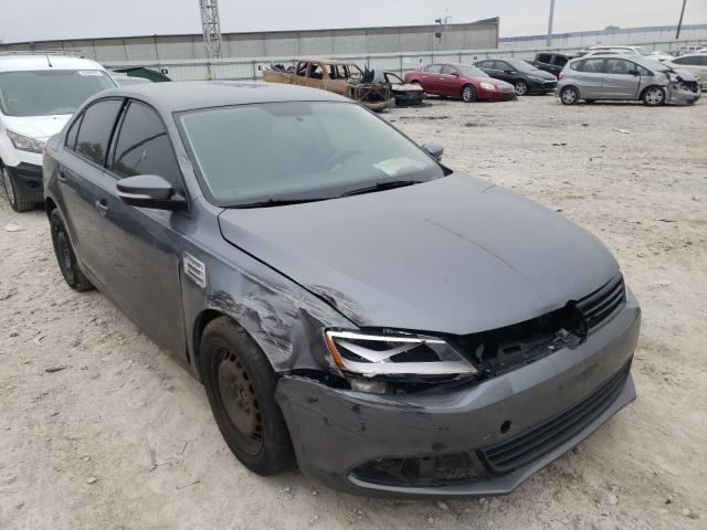Salvage cars for sale from Copart Columbus, OH: 2012 Volkswagen Jetta SE
