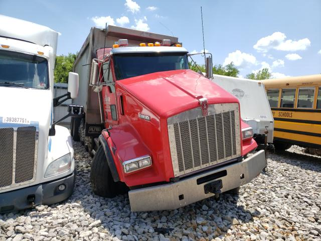Salvage cars for sale from Copart Hurricane, WV: 2014 Kenworth Construction
