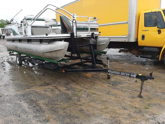 Suntracker salvage cars for sale: 1999 Suntracker Boat