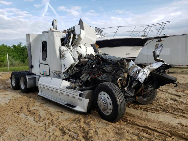Salvage cars for sale from Copart Columbia, MO: 2004 Freightliner Convention