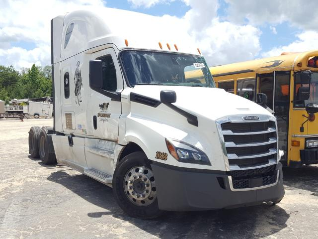 Salvage cars for sale from Copart Midway, FL: 2018 Freightliner Cascadia 1