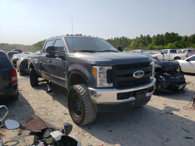 Salvage cars for sale from Copart Hampton, VA: 2017 Ford F250 Super