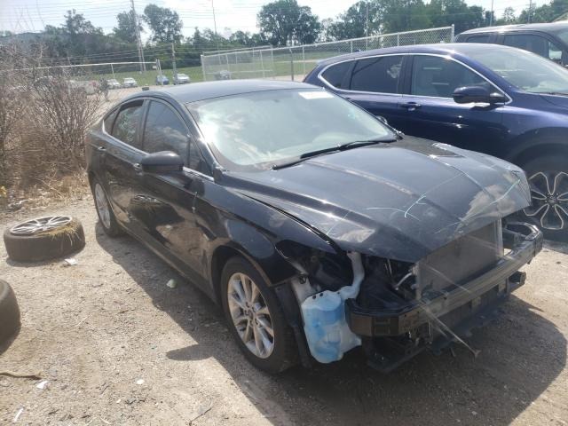 Salvage cars for sale from Copart Bridgeton, MO: 2017 Ford Fusion SE