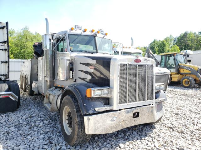 Salvage cars for sale from Copart Hurricane, WV: 2001 Peterbilt 378