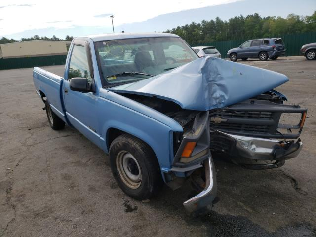 Salvage cars for sale from Copart Exeter, RI: 1996 Chevrolet GMT-400 C1