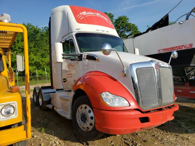 Salvage cars for sale from Copart Columbia, MO: 2016 Kenworth Construction