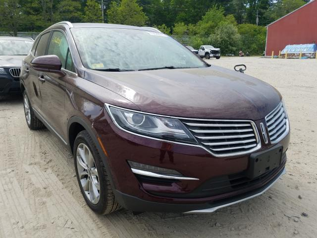 Salvage cars for sale from Copart Mendon, MA: 2017 Lincoln MKC Select