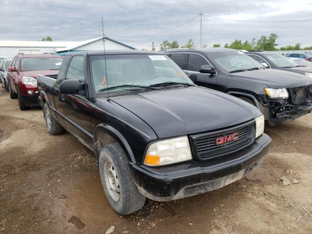 Salvage cars for sale from Copart Pekin, IL: 2001 GMC Sonoma