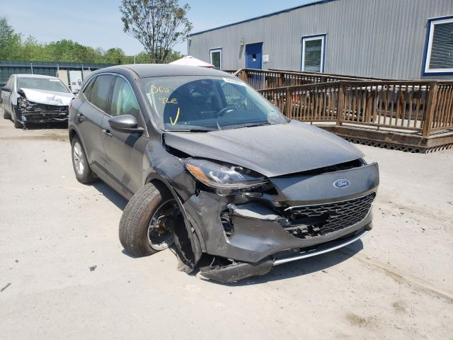 Salvage cars for sale from Copart Duryea, PA: 2020 Ford Escape SE