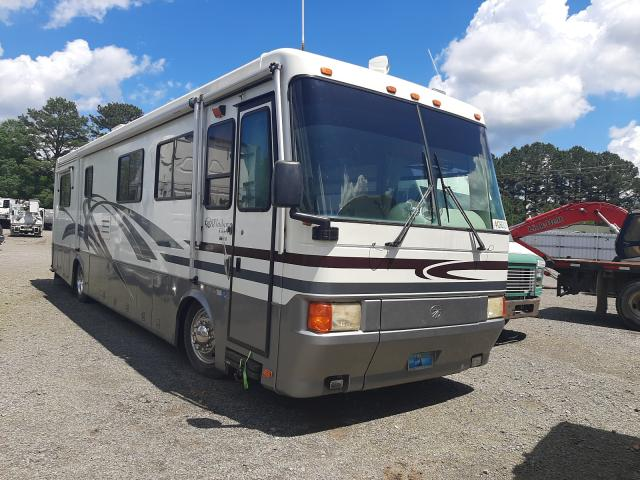 Salvage trucks for sale at Conway, AR auction: 1998 Motor Coach Industries Bus