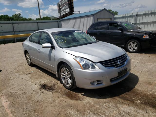 Salvage cars for sale at Wichita, KS auction: 2011 Nissan Altima SR