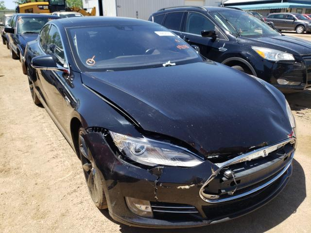 Salvage cars for sale from Copart Pekin, IL: 2015 Tesla Model S 85