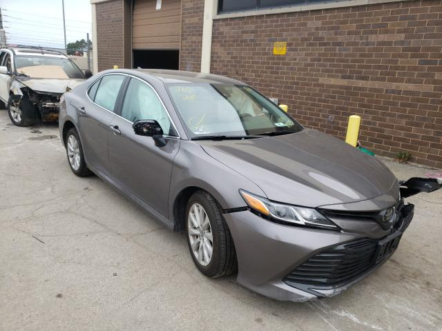 Salvage cars for sale from Copart Wheeling, IL: 2020 Toyota Camry LE
