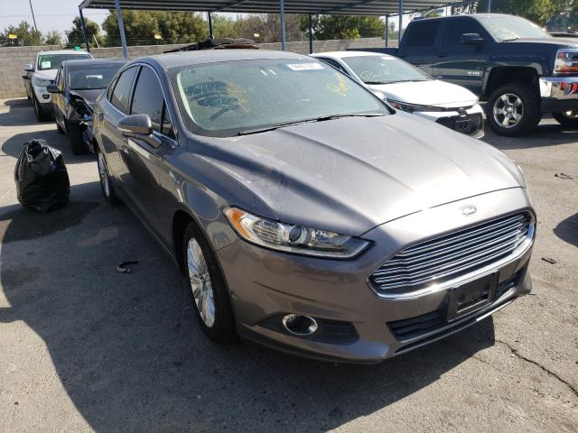 Salvage cars for sale from Copart Colton, CA: 2013 Ford Fusion SE